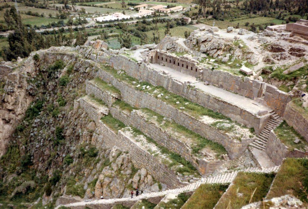 Ollantaytambo,_Peru